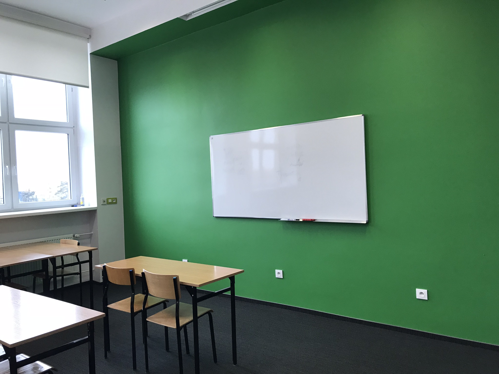 Sala szkoleniowa - tablica do pisania