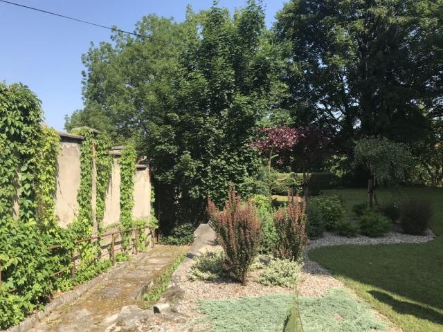 Ogród obok ośrodka
